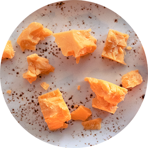 aito-cheddar-gin-jukolan-juusto