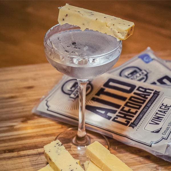 1_cheddar_ja_dry_martini