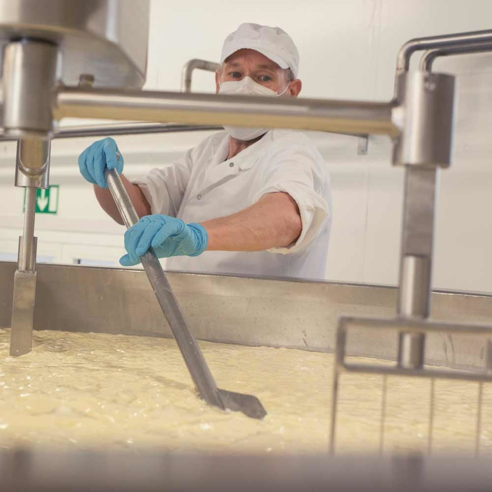 Juustokattilalla juustomestari Aki Paloniemi