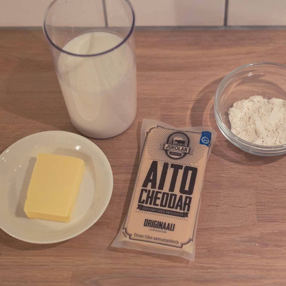 cheddar juustokastike resepti tarvikkeet